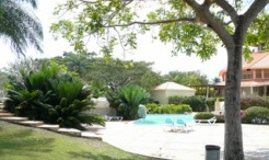 2-bedroom/3-bed apartment Guavaberry Golf Club